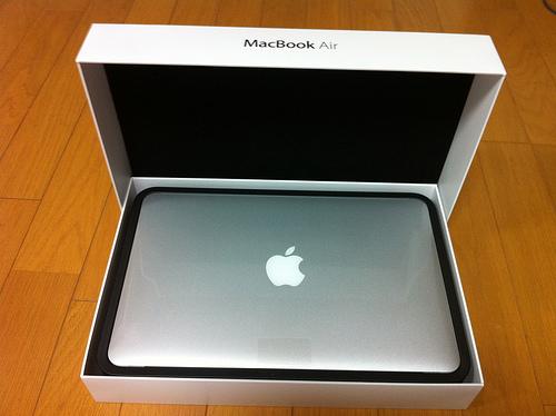 Macbook Air 開封の儀
