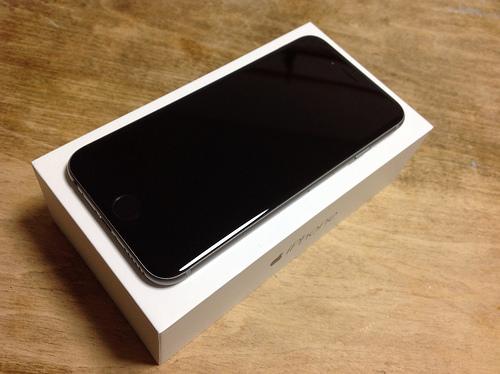 iPhone6 買いました